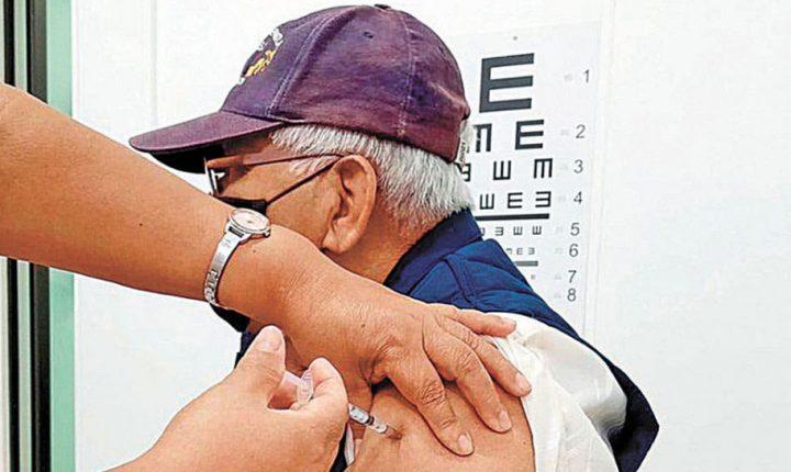 Cumple SSM 25.5% de meta de vacunación contra influenza en Morelos