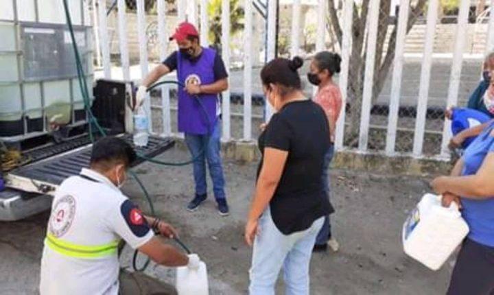 Realizan acciones de limpieza y entrega de sanitizante en Tlaltizapán