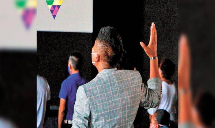 """'Pacto económico con Dios', en iglesia de """"La Vid"""""""