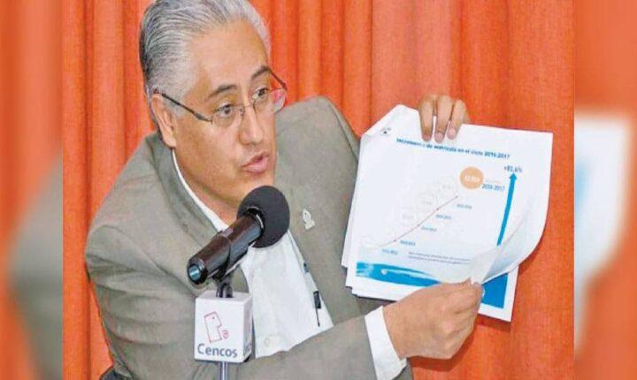 Declaran como prófugo de la justicia a ex rector de la UAEM
