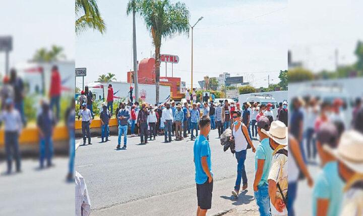 Protesta de habitantes de Hueyapan cierra acceso a Cuautla