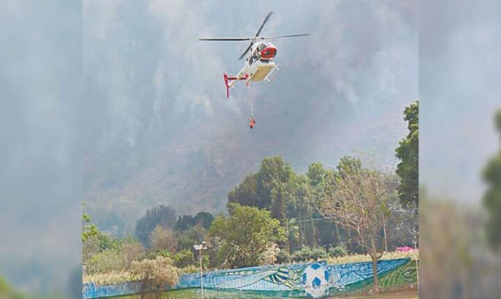 Alcanzan 70% en control del incendio en Tepoztlán
