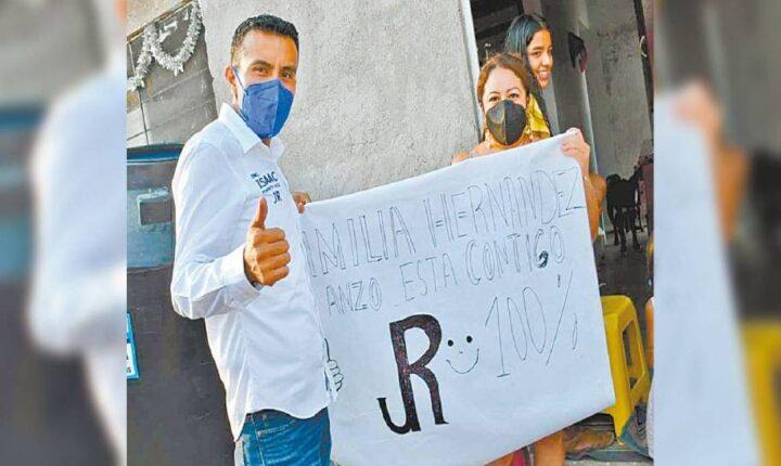 Agradecen habitantes de Ayala obras a Isaac Pimentel
