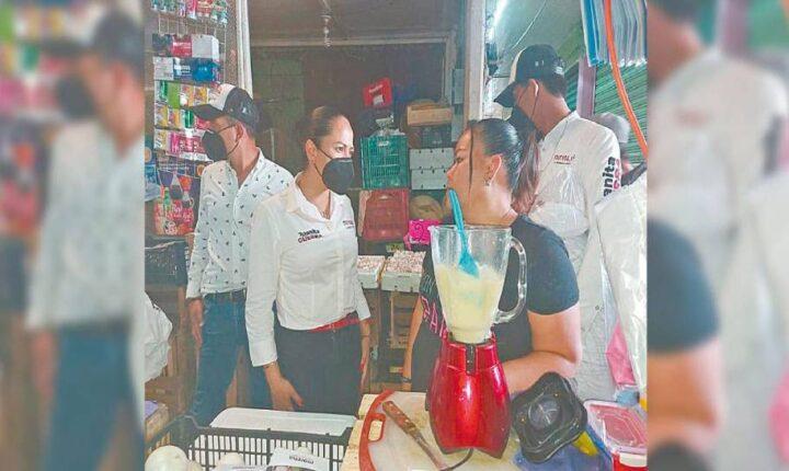 Juanita Guerra hace campaña en Cuautla