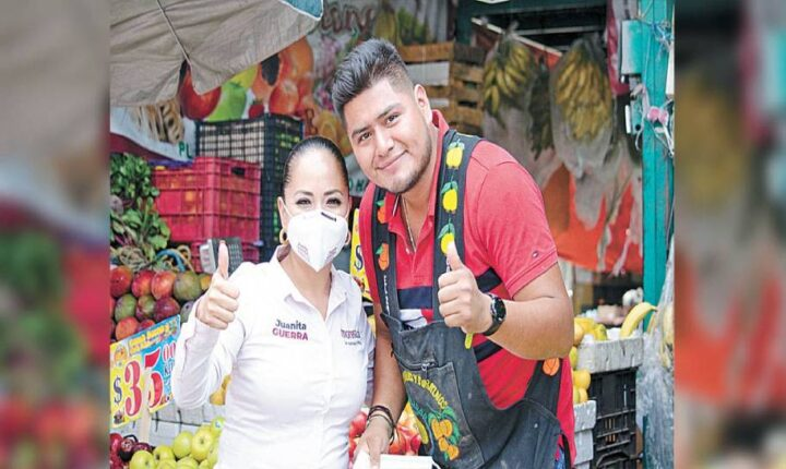 Promete Juanita Guerra apoyo a comercio local