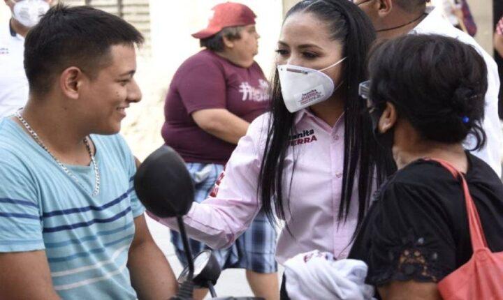 Pide Juanita Guerra atender exigencias de habitantes de Axochiapan