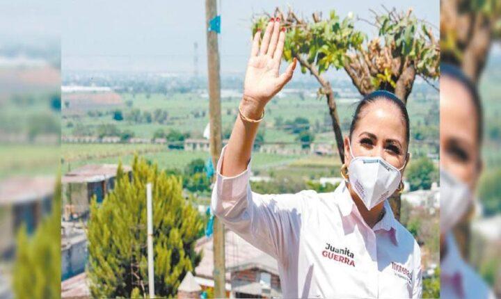 Regresa Juanita Guerra a comunidades de Cuautla con propuestas