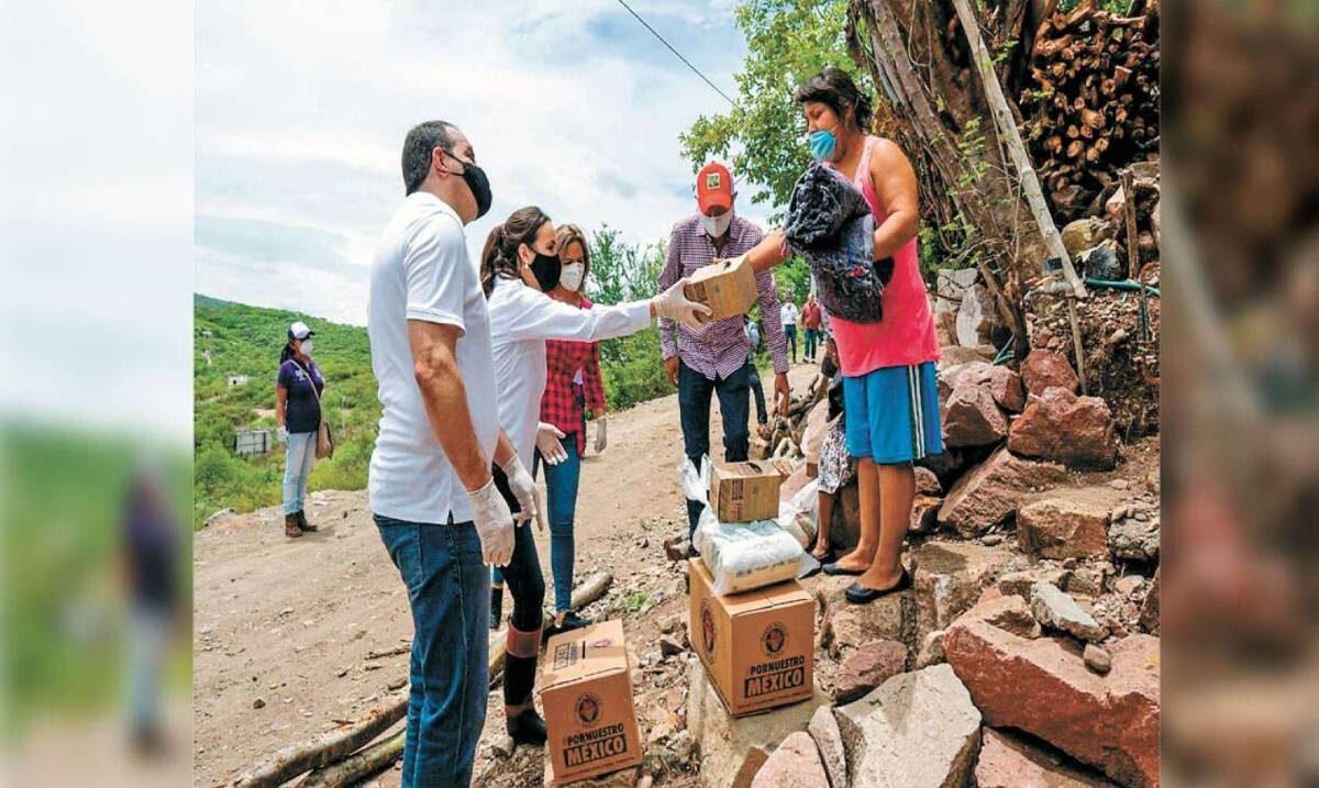 Natalia Rezende, presidenta del DIF Morelos, rindió su segundo informe