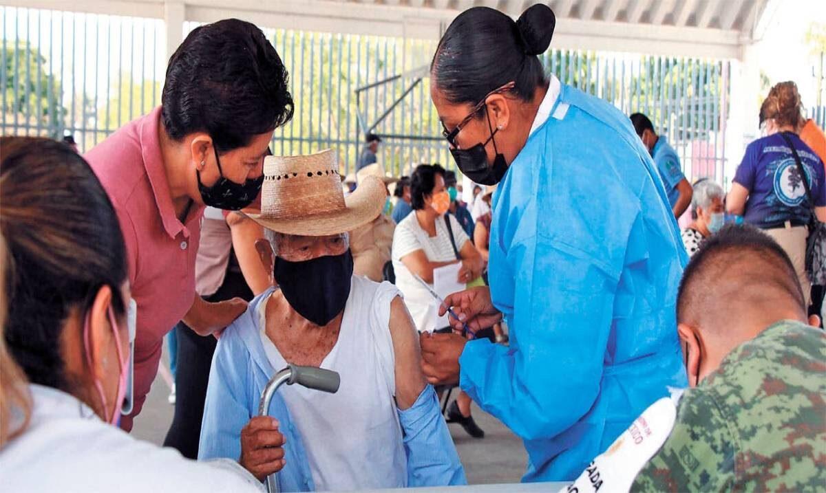 Comenzará en Jiutepec y Xochitepec vacunación a población de 40 a 49 años