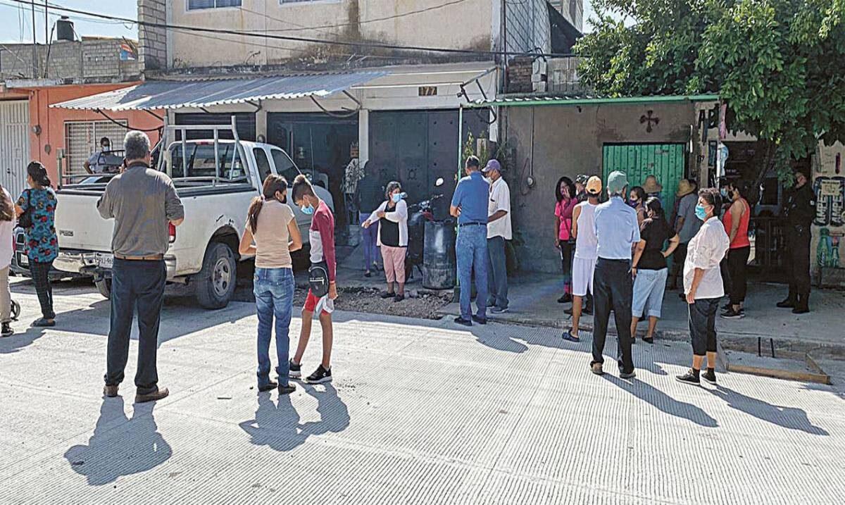 Dan cinco días en Yautepec para retirar escombro y chatarra de la vía pública