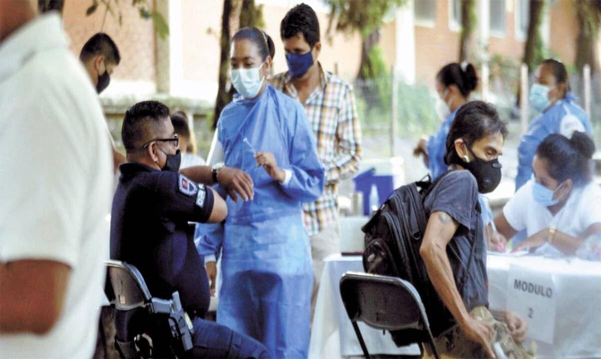 Buscarán acelerar la vacunación en Morelos