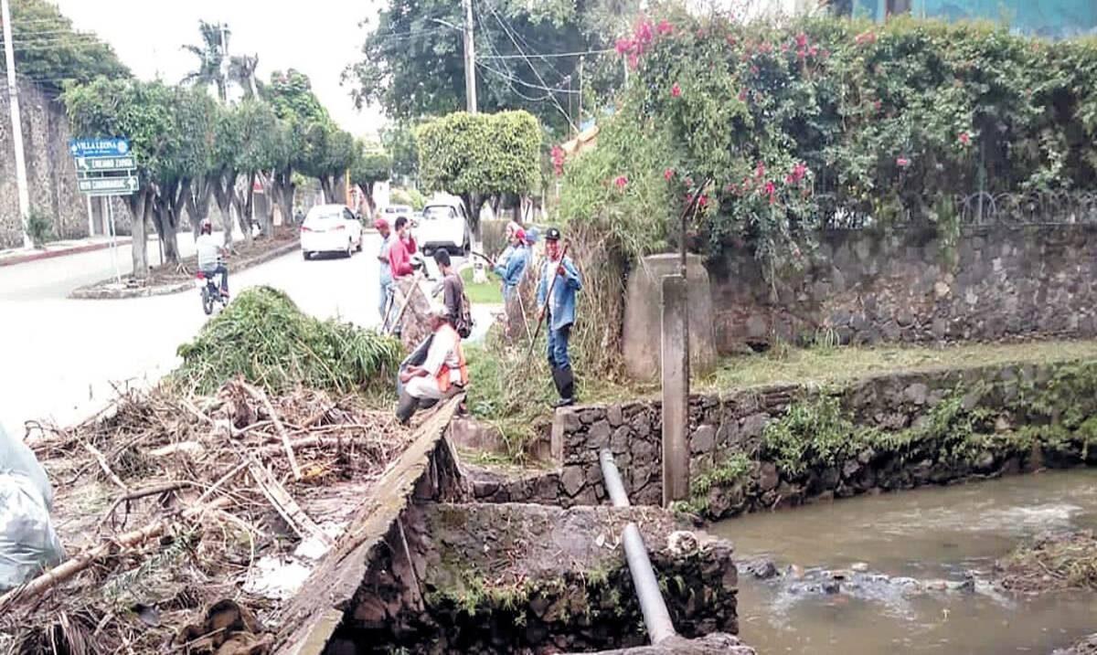 Limpia Jiutepec calles y ríos