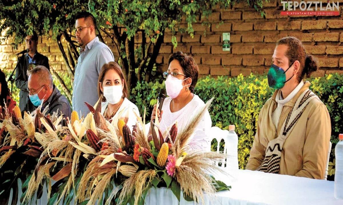 Mejoran cultivos en taller de Tepoztlán