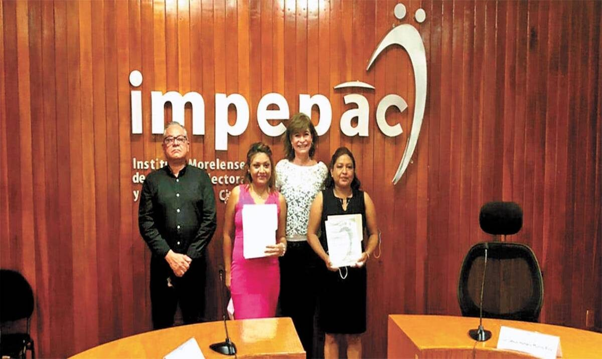 Entrega Impepac constancia a regidores y regidoras de cuatro municipios orden del TEEM