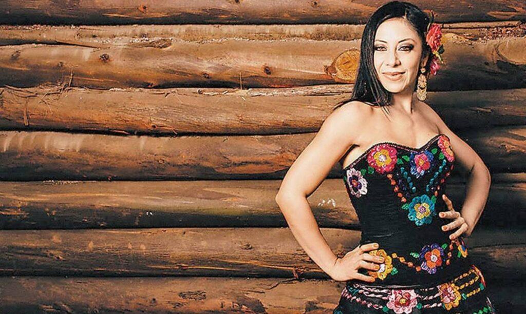 ¡Conoce a Rosy Arango cantante de regional mexicano!