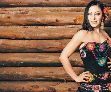 ¡Conoce a Rosy Arango, cantante de regional mexicano!