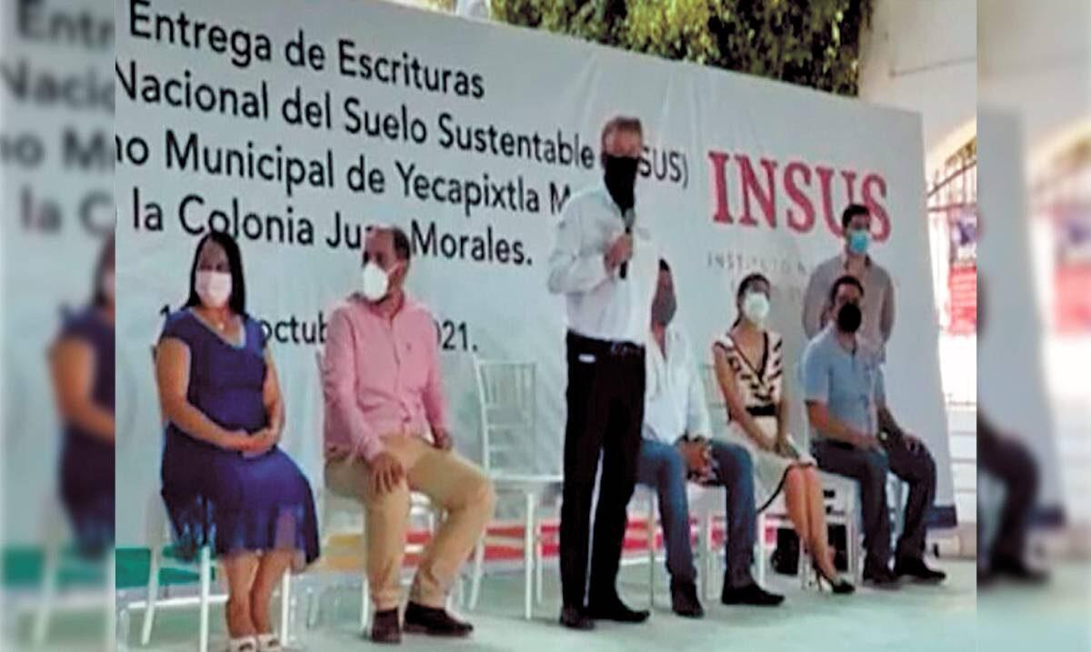 Entrega INSUS escrituras a vecinos de la Juan Morales de Yecapixtla