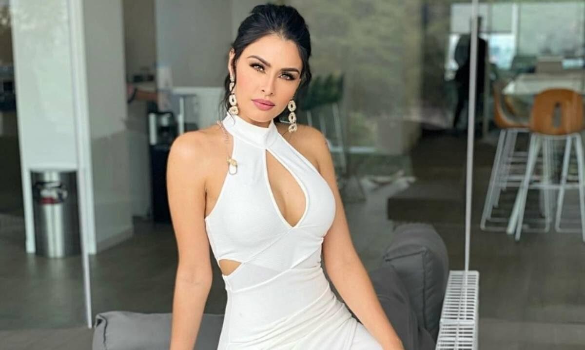 Kristal Silva le copia el look a Ángela Aguilar